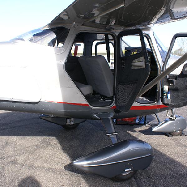 Vulcanair-V1.0 - Avião-monomotor-
